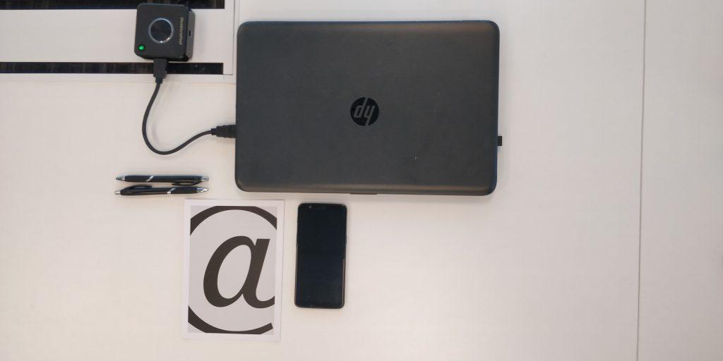 laptop smartphone quattropod